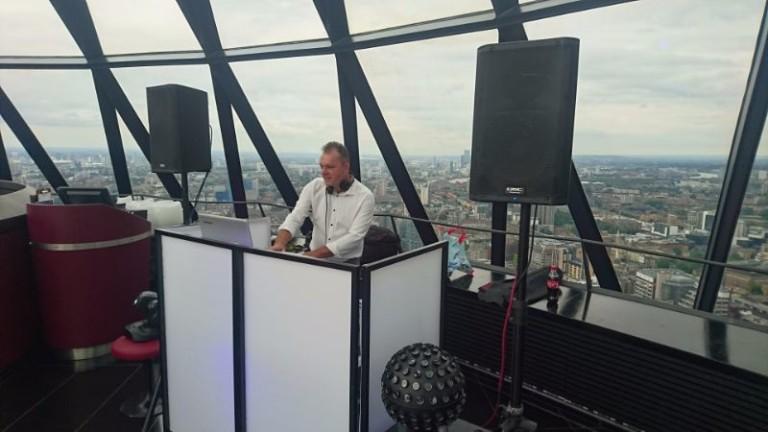 Speedydisco.co.uk London Gherkin DJ 2